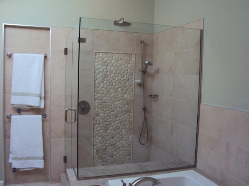 Custom Shower Doors & Enclosures – Custom Glass Products & Services